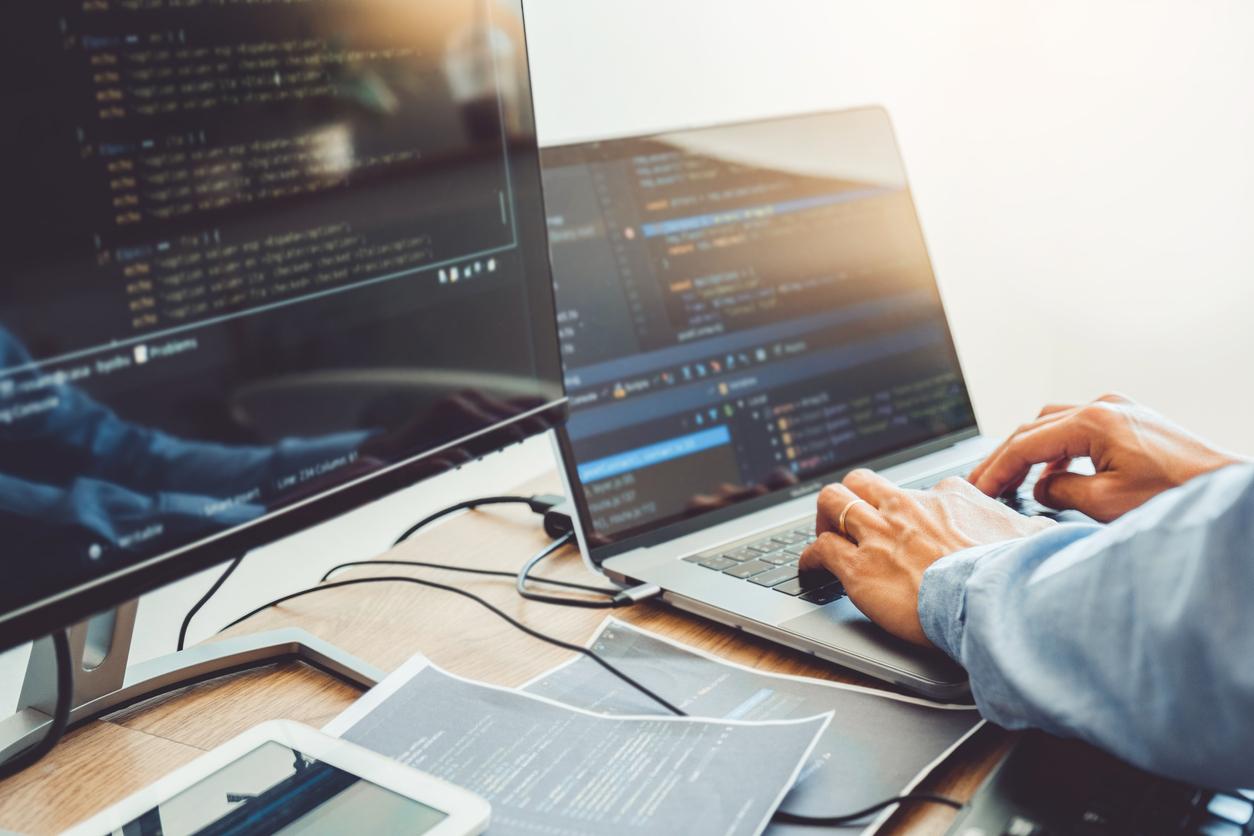6 Advantages of Having a Professional Business Web Design